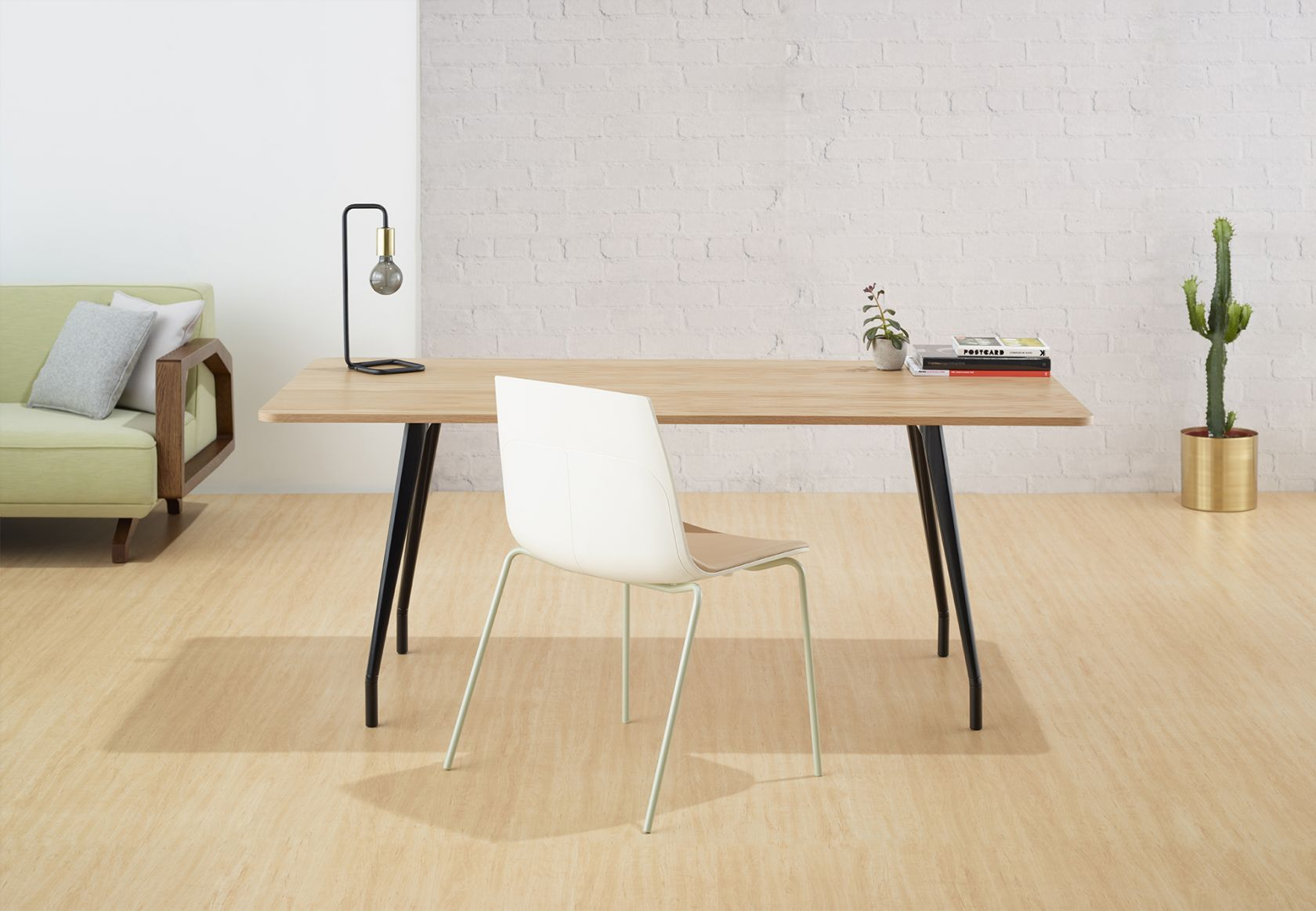 MR Chair and Aire Table