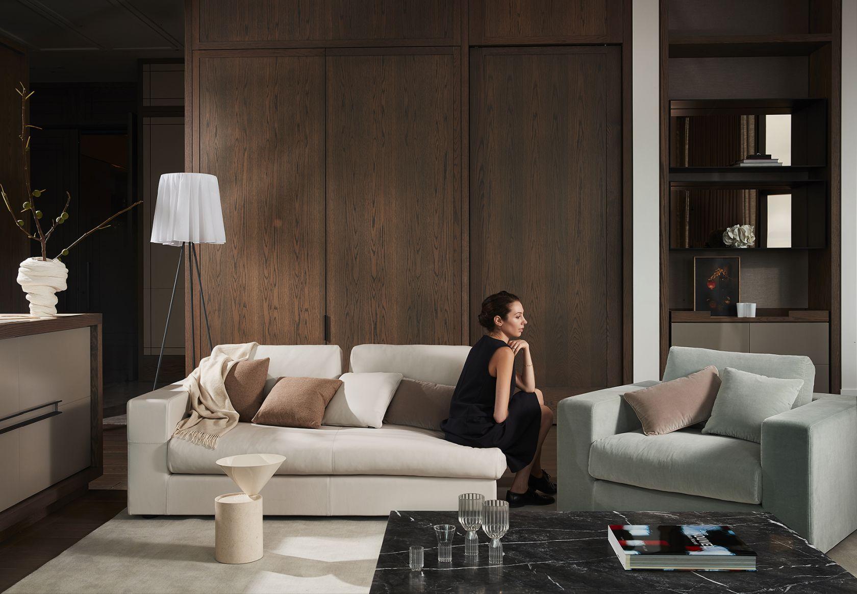 Mena Sofa