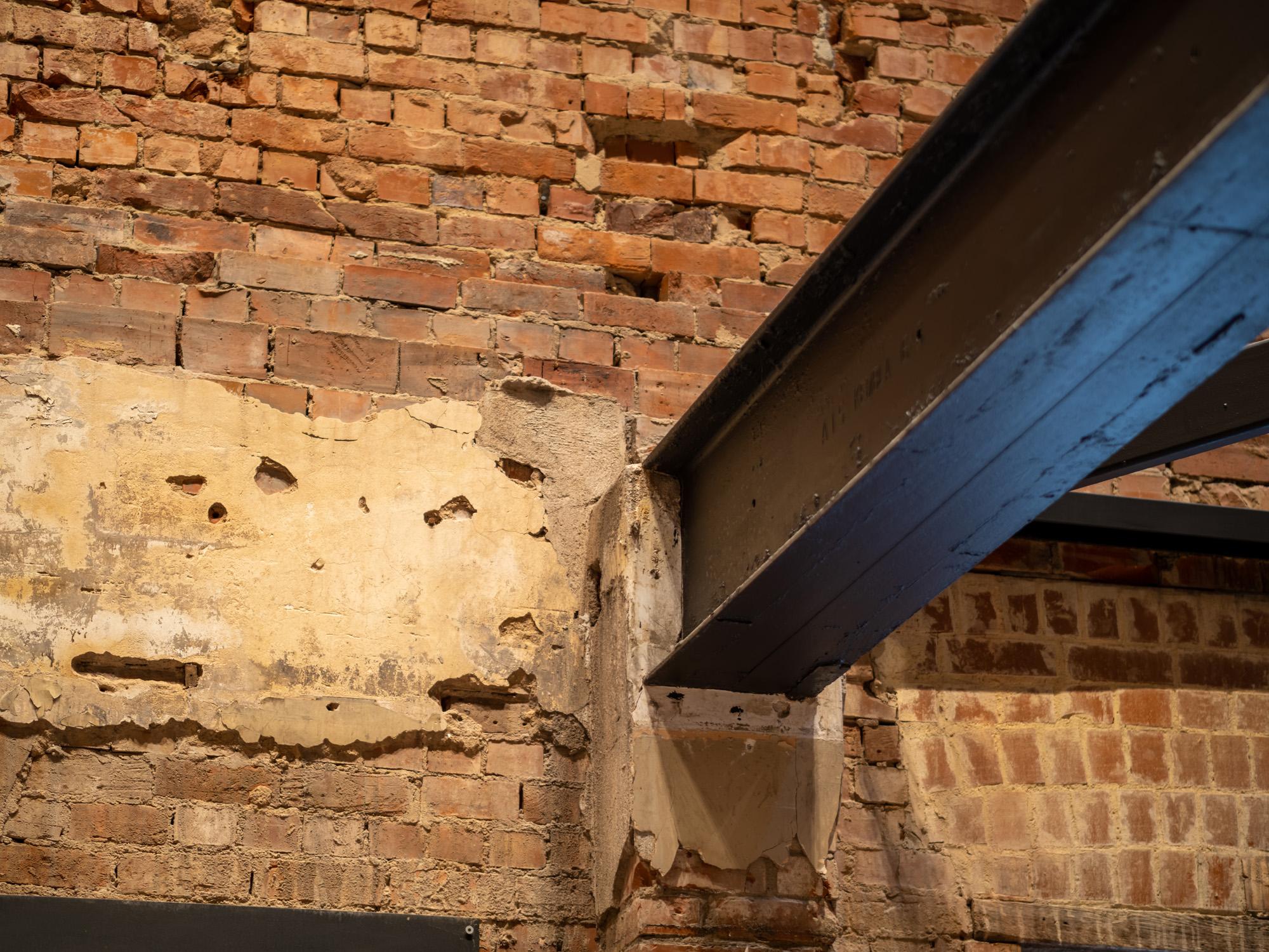 strathmore hotel adelaide exposed brick steel beam