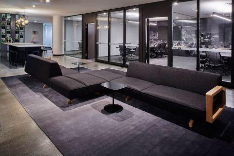 dentsu-aegis-sydney-office-fitout-lounge-036.jpg