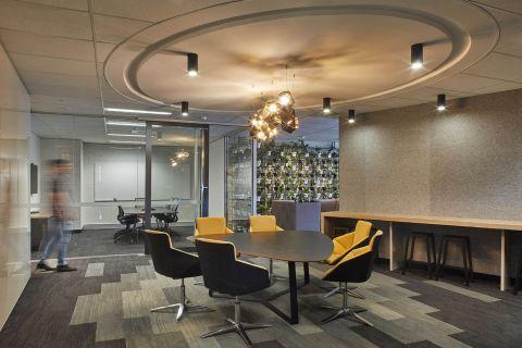 dentsu-aegis-sydney-office-fitout-meeting-rooms-023.jpg