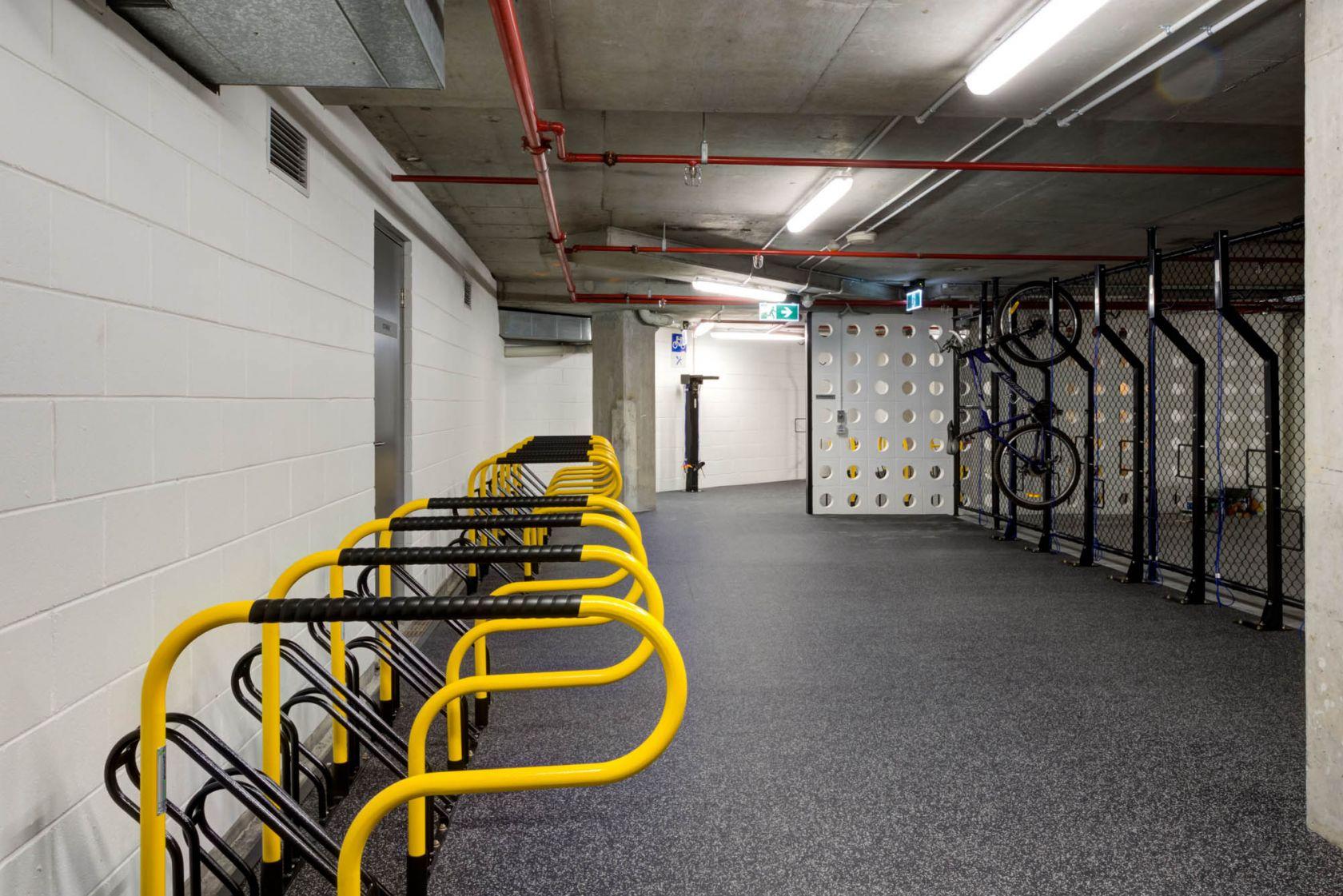 545 queen street brisbane end of trip yellow bike racks in basement
