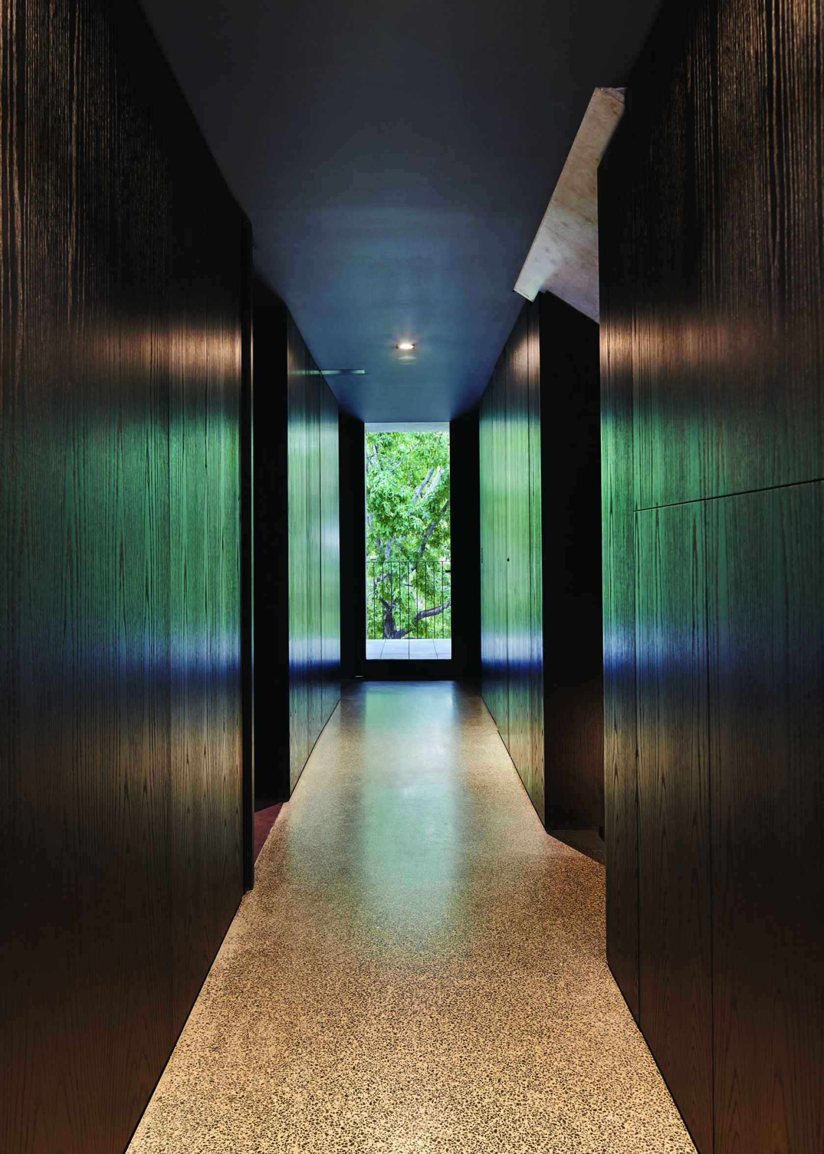 domain lodge melbourne construction hallway