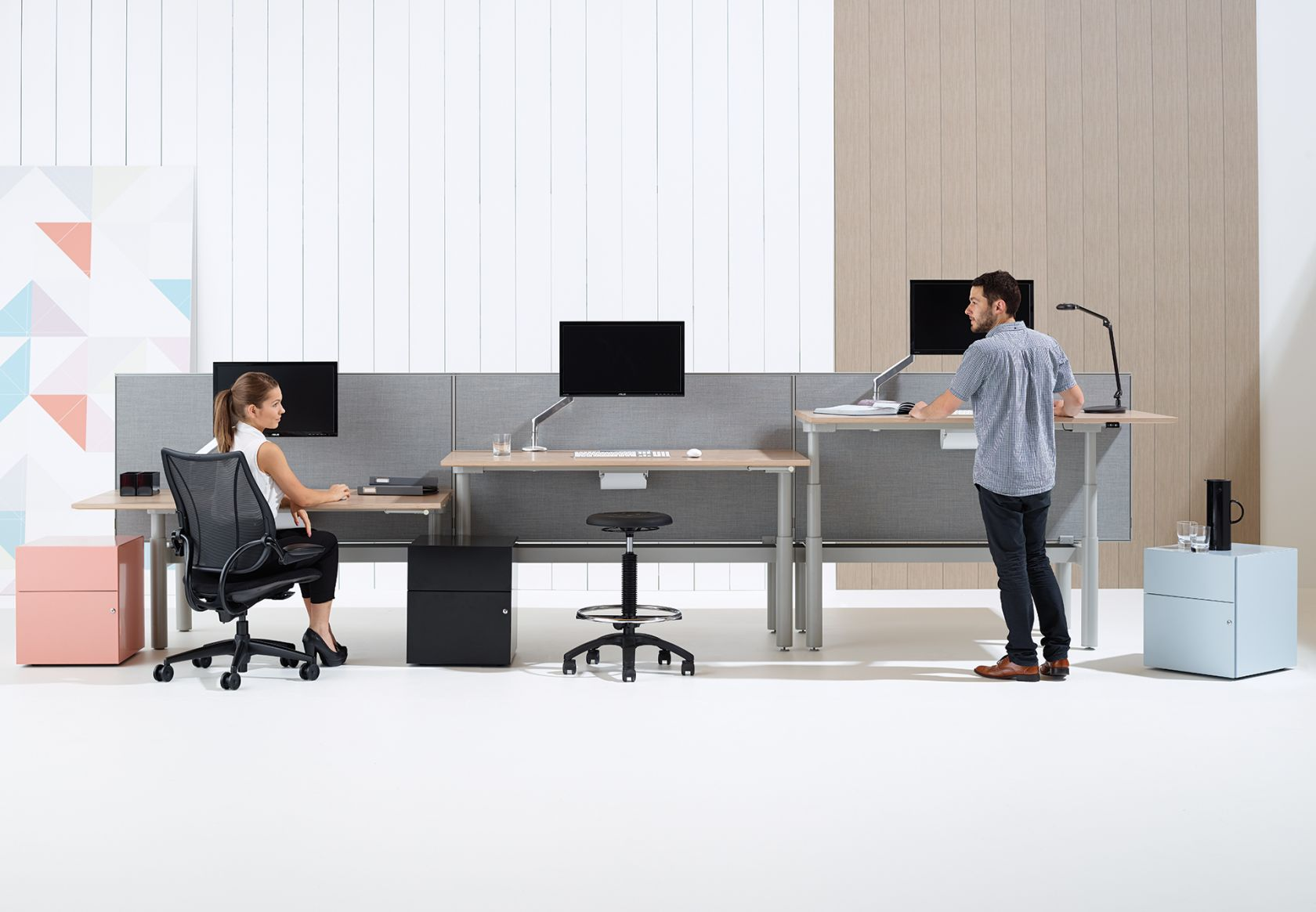 Krossi Workstation range of heights