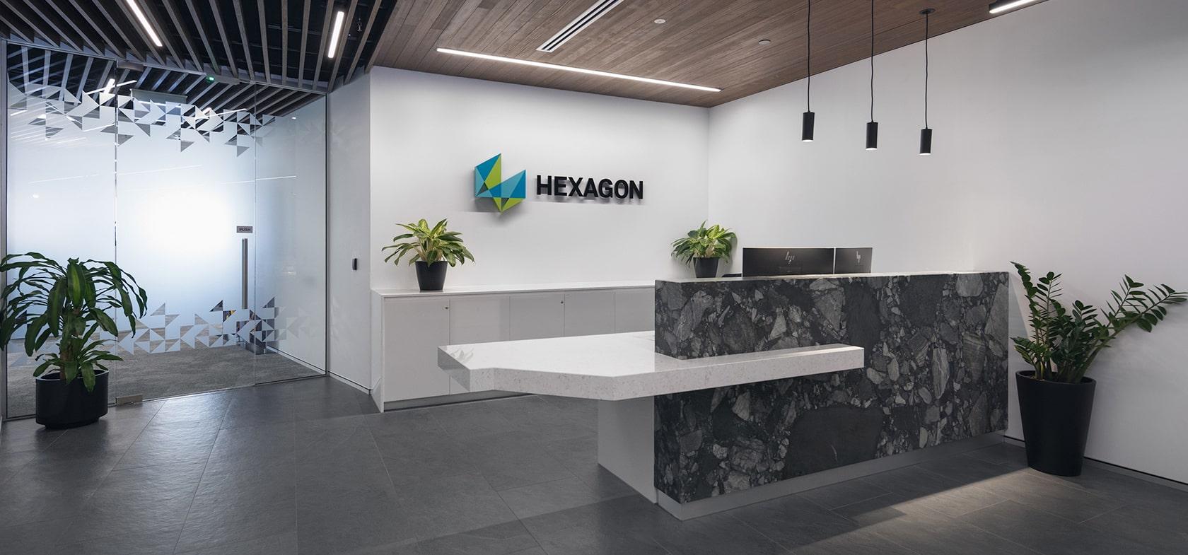 hexagon mining brisbane schiavello construction fitout industrial hero banner reception