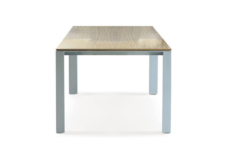 Alto Table