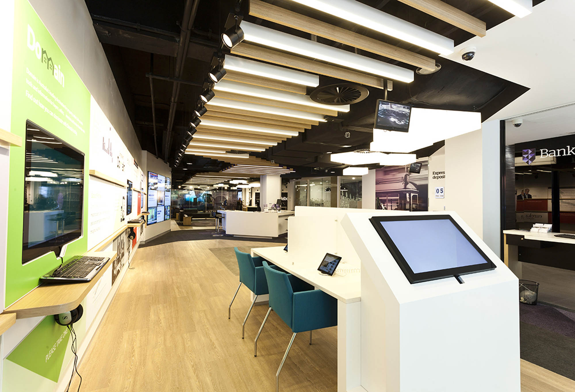 bank of melbourne investore melbourne fitout terminal