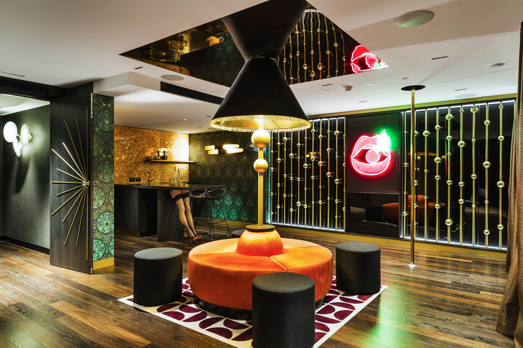 studios at the star sydney hotels design and construct nsw 70s glam mirrored walls neon lights ottomans karaoke lounge velvet
