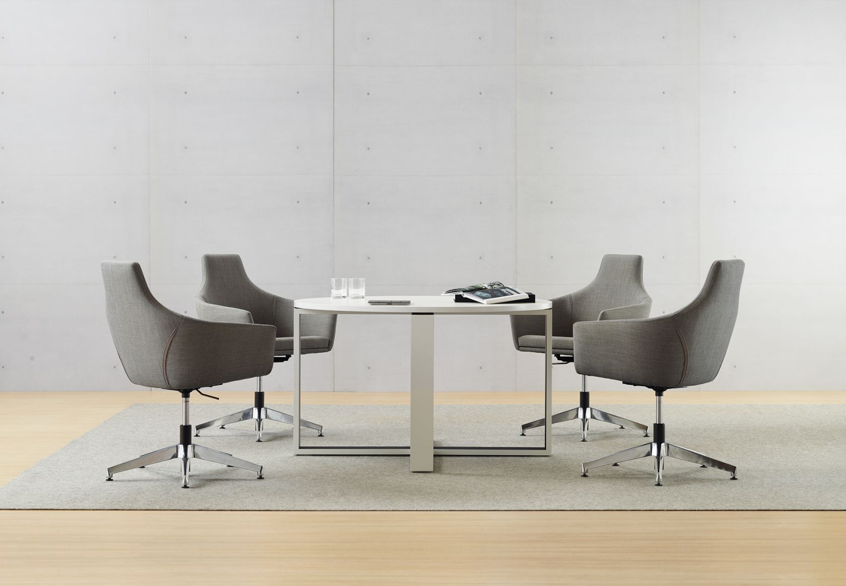 Linear Round Table and Palomino Chair