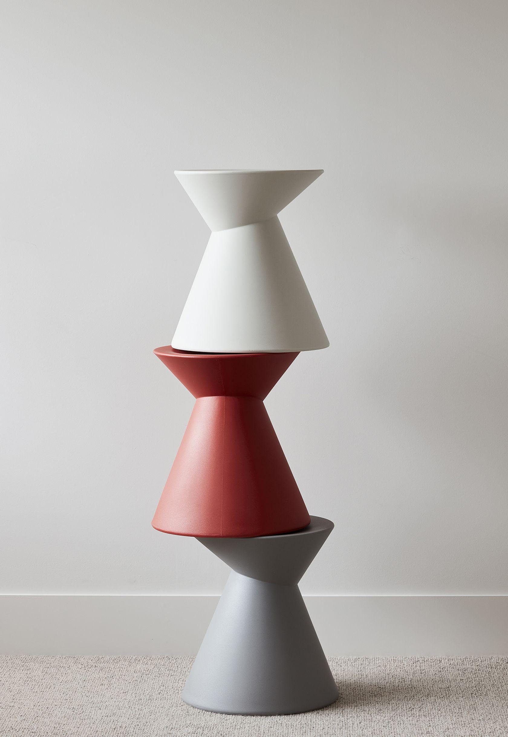 La La Stool grey, red and white