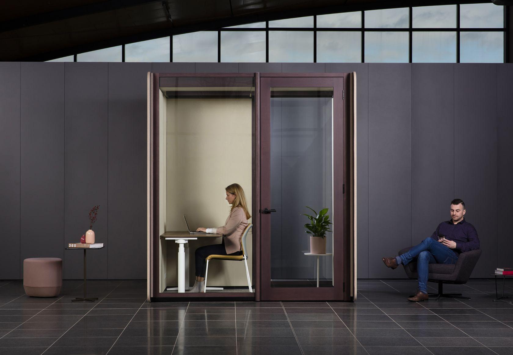 Focus Quiet Work Room, Krossi sitting, Palomino, Karo Ottoman and Gallery Chair