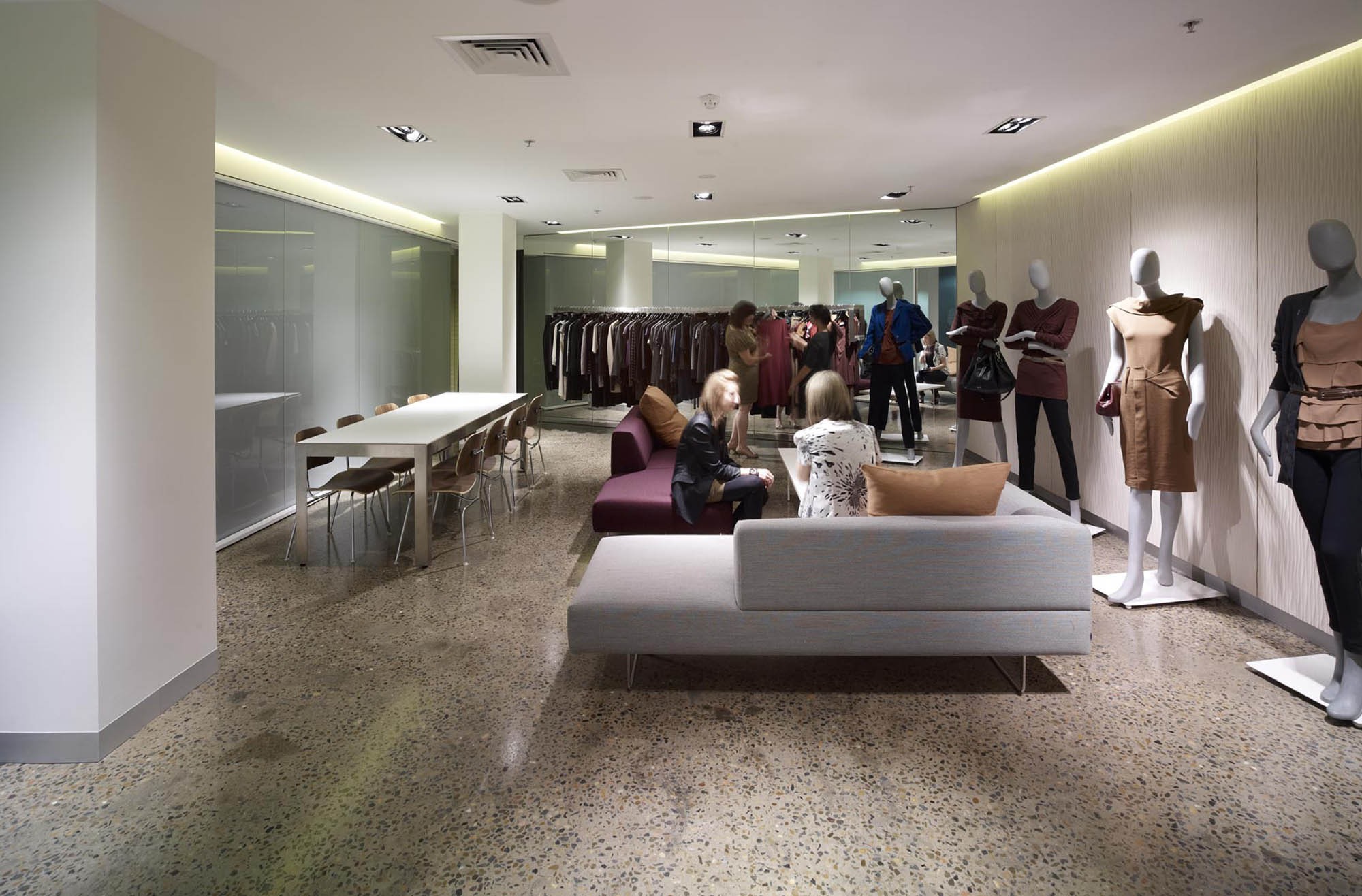 cue clothing sydney fitout showroom