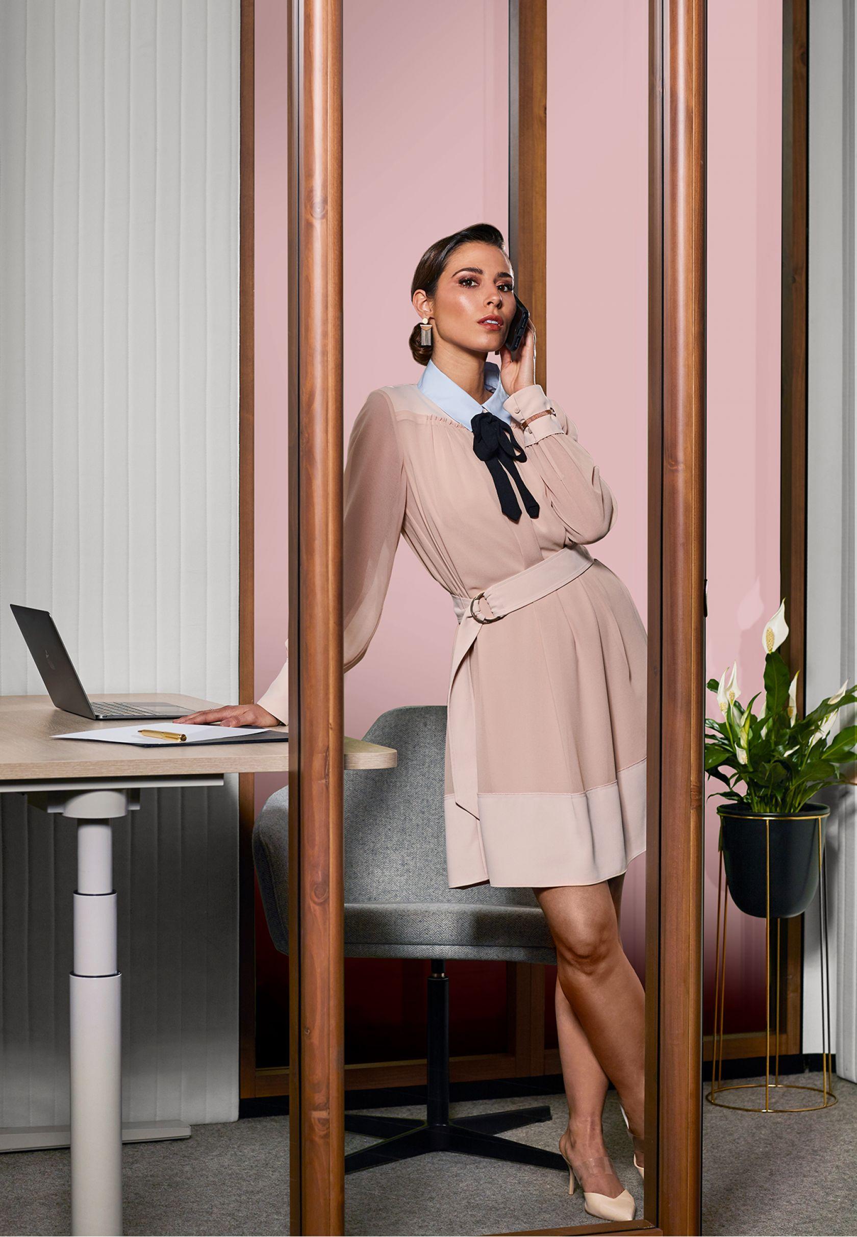Focus Quiet Work Room / Interior (portrait)
