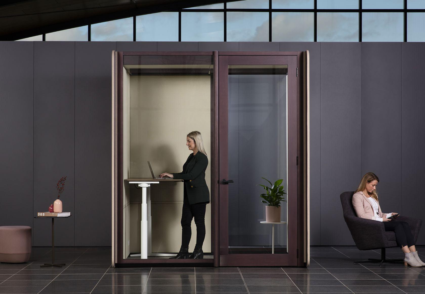 Focus Quiet Work Room, Krossi standing, Palomino, Karo Ottoman and Gallery Chair